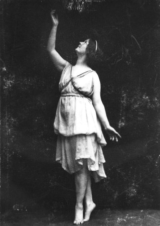 isadora duncan - encontros imaginarios - foto isadora duncan international institute